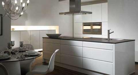 wellmann. Black Bedroom Furniture Sets. Home Design Ideas